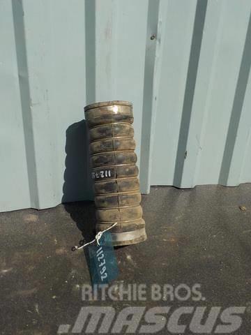 MAN TGA Intercooler hose 81963010901