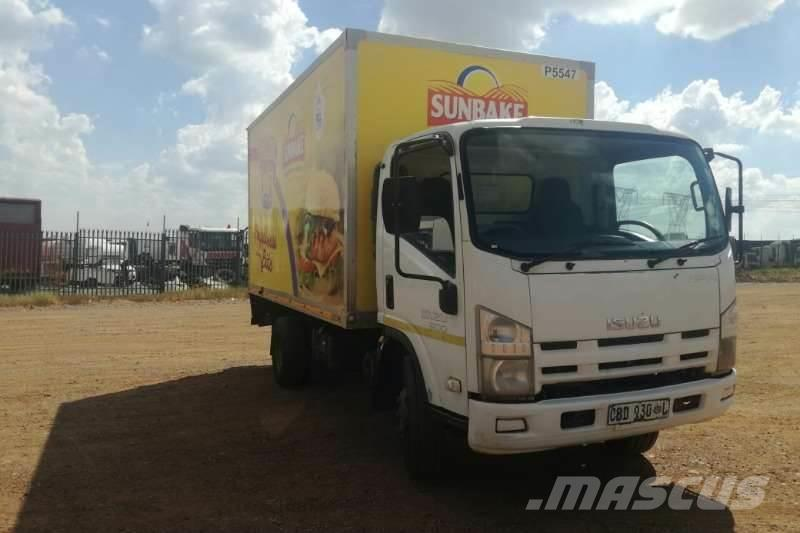 Isuzu NPR 300 Volume Body