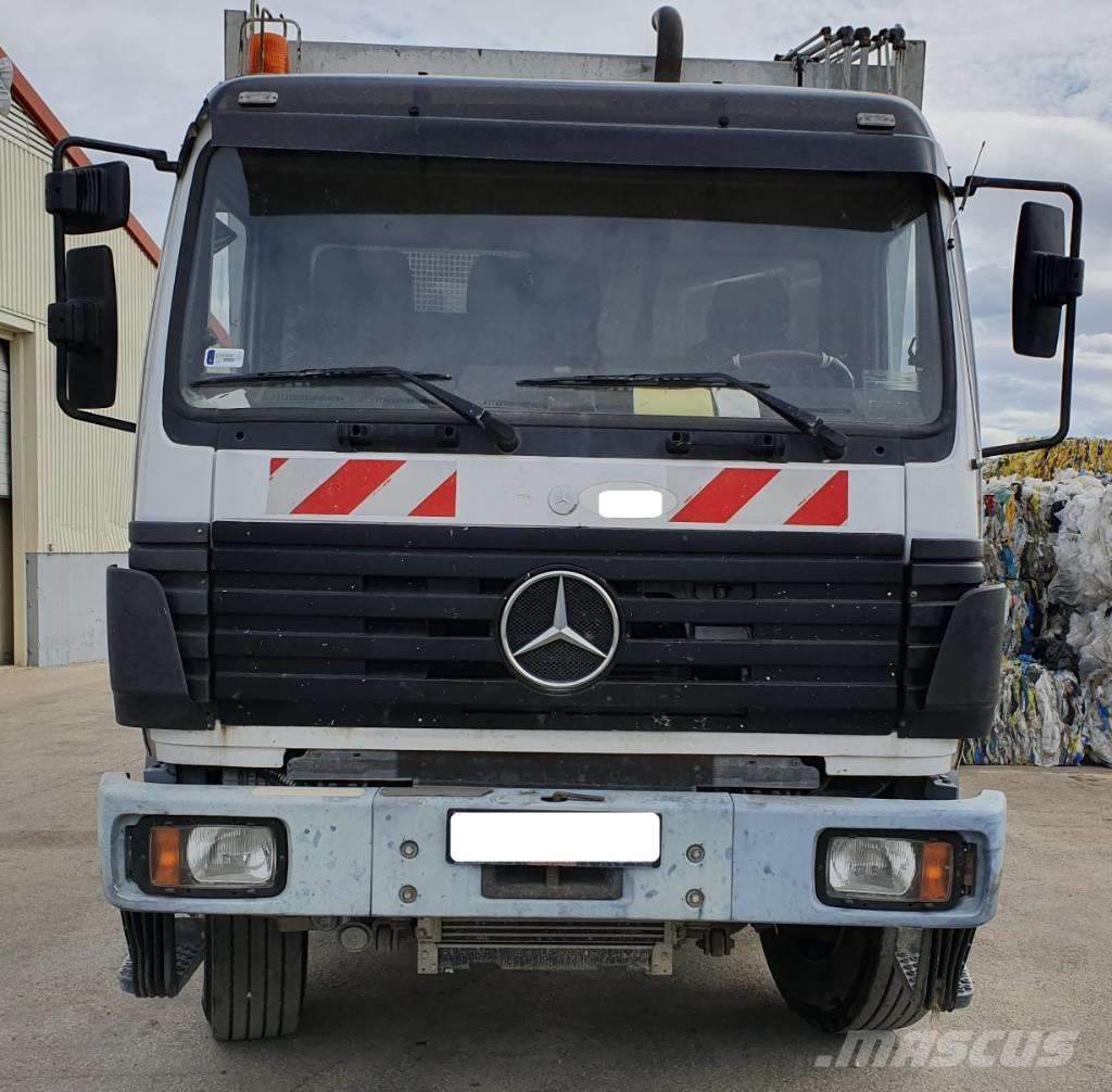 Mercedes-Benz 2527
