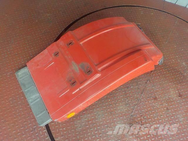 Mercedes-Benz Actros MPIII Fender front / rear part 9438800406