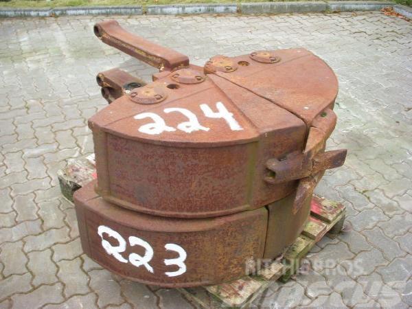 O&K (224) 0.30 m Greiferschalen / 2-tine-grab