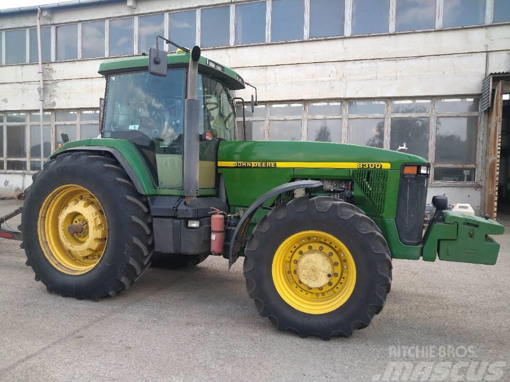 John Deere 8300 + rear double wheels