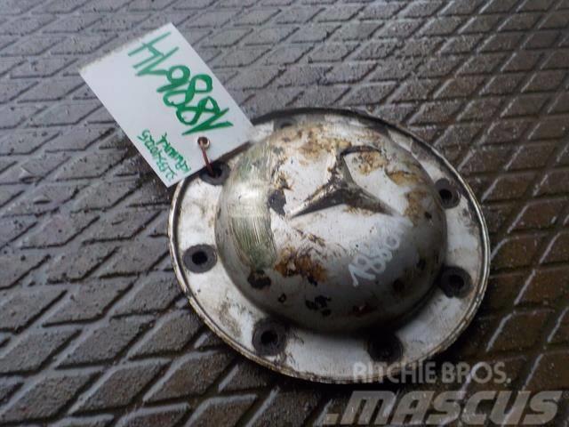 Mercedes-Benz Atego MPI Wheel hub cap 3273560120