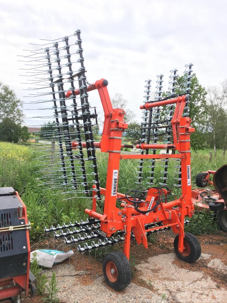 Browns Grassmaster 6M