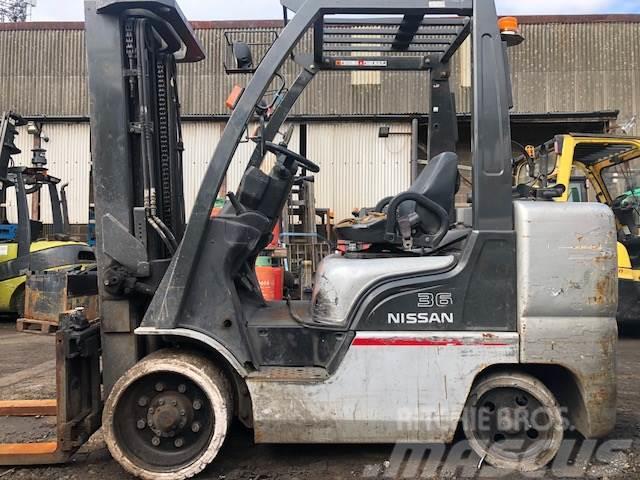 Nissan MCUGL02F36L