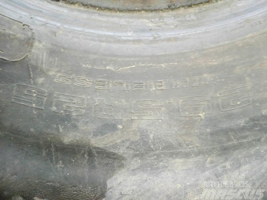 Komatsu Opony WA 500-6, Däck