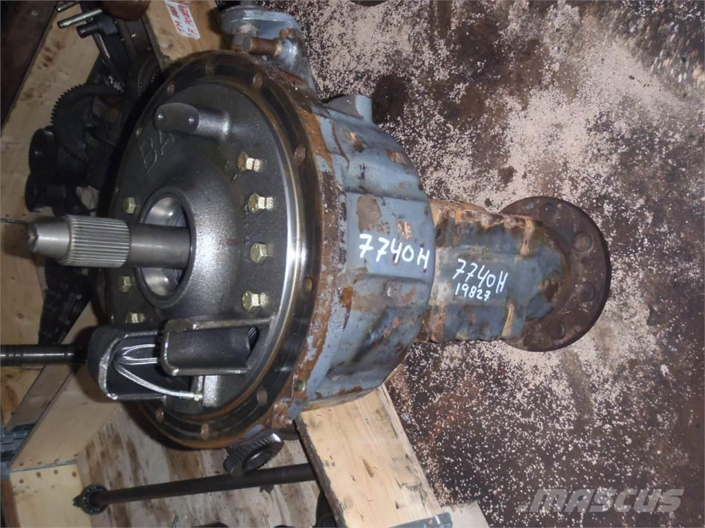 [Other] Rear axle Ford 7740