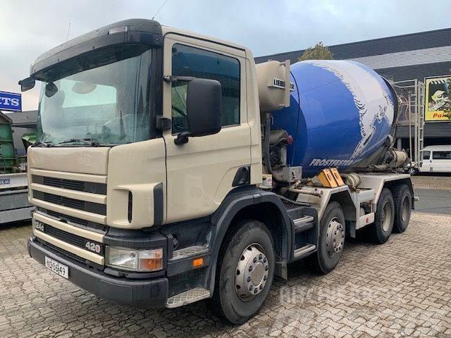 Scania P 124 420 8x4 Mixer