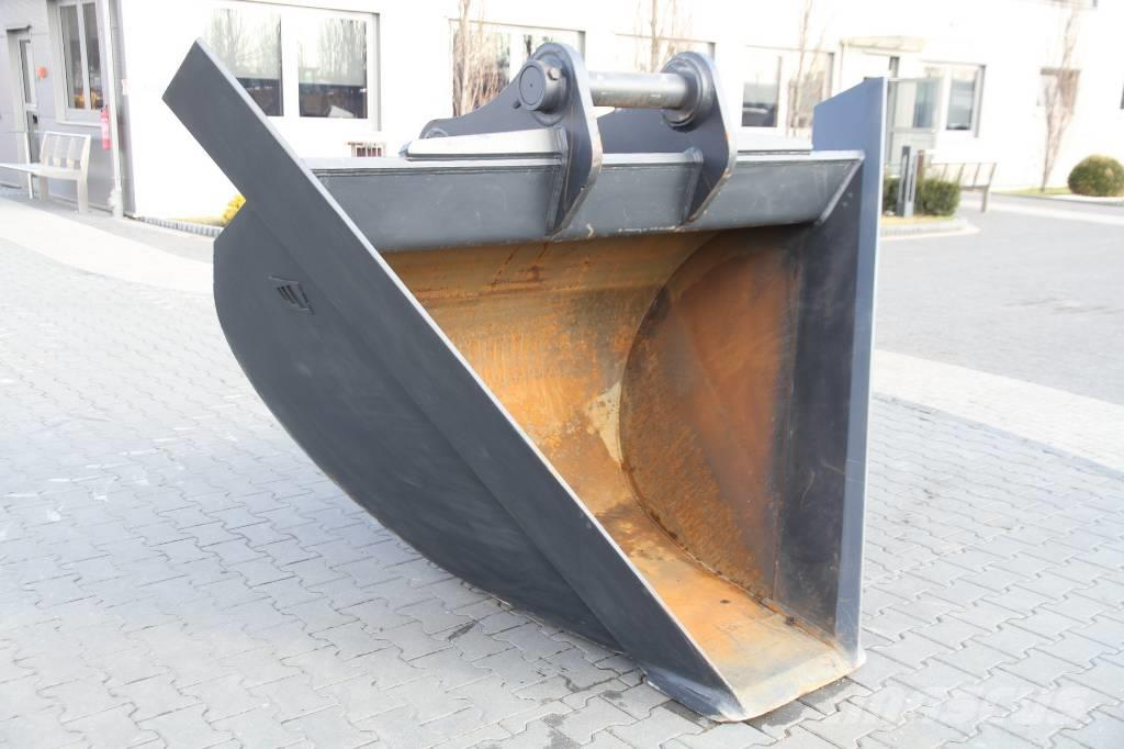 Volvo TRAPEZOIDAL BUCKET FOR EXCAVATOR / LOADER