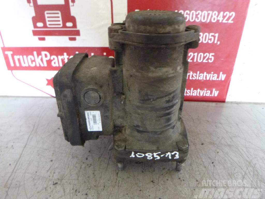 Manac TGX Trailer brake control crane 81.52301.6213
