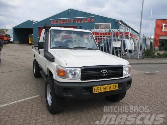 Diesel Pickup Trucks For Sale >> Toyota Hzj79 Landcruiser 4 2 Turbo Diesel Pick Up