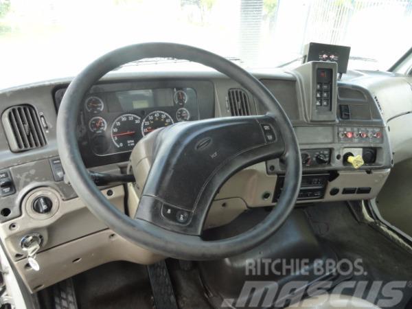 Sterling LT7500, 2006, Slamsugningsbil