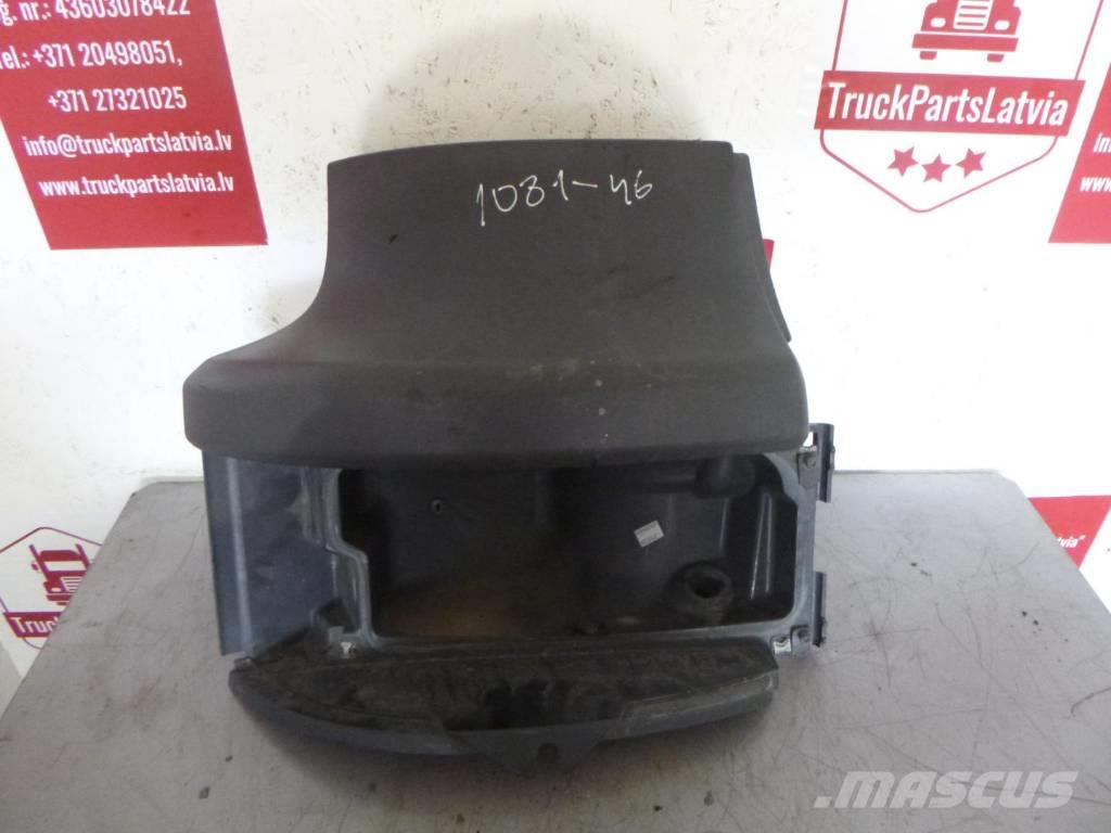 Scania R440 Right level above the headlight 1431923/17900