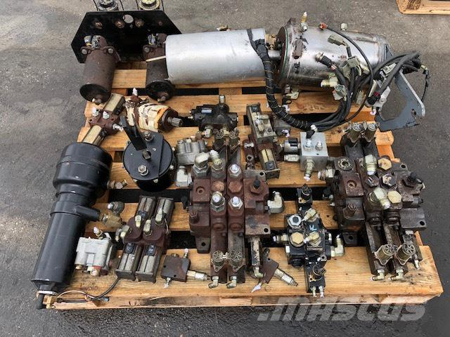 Terex RT 230 HYDRAULIC PARTS COMPLET