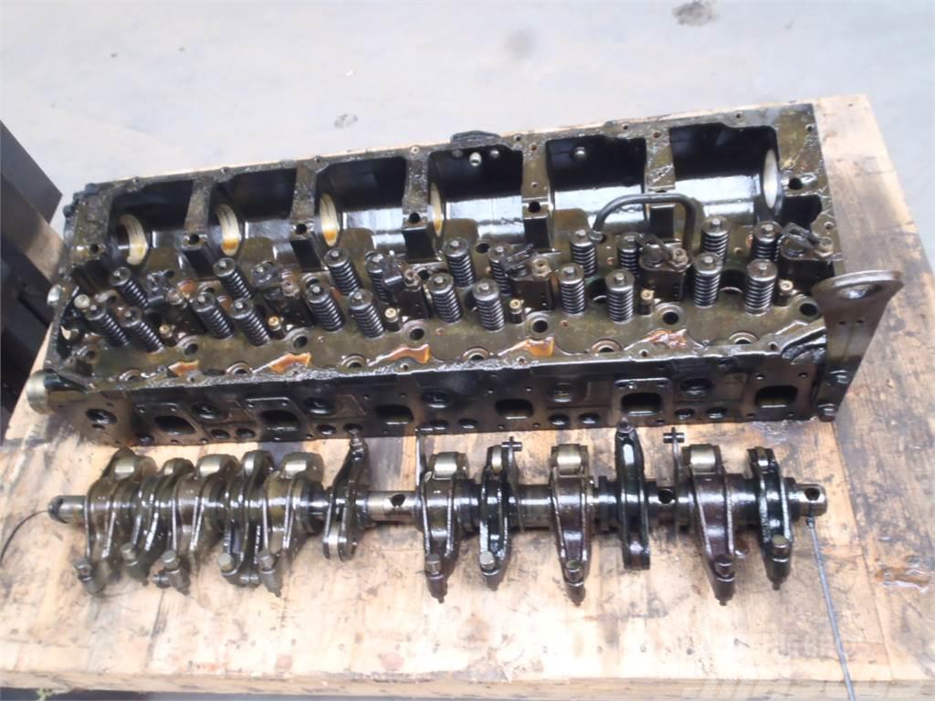 [Other] Cylinder head Case Magnum 340 CVX