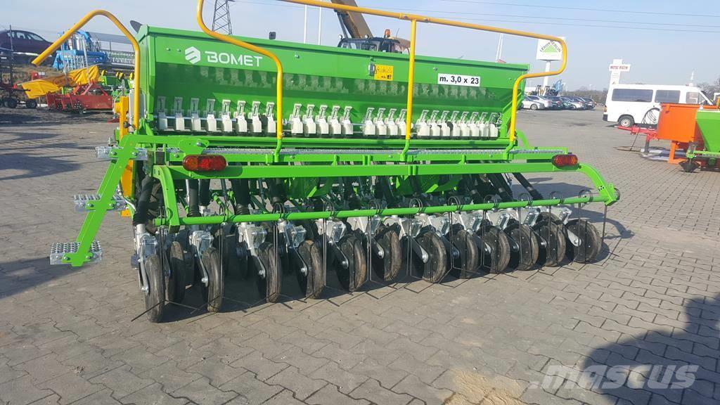 Bomet Universal seed drill Scorpius 3,0m + disc coulters