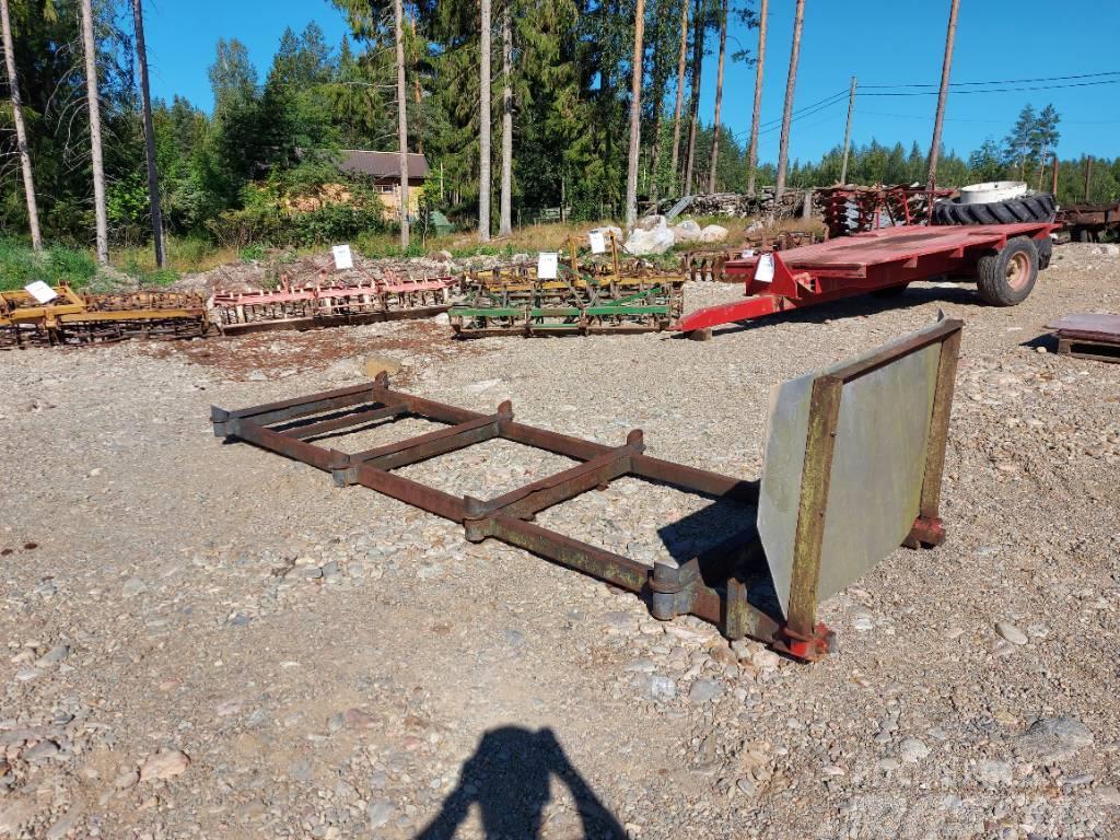 [Other] Metsäkärryn alusta 8 pankoinen pituus 400cm