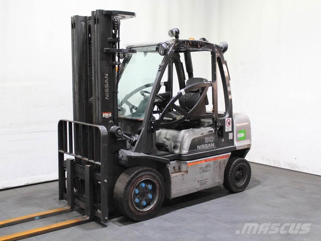 Nissan YG 1 D 2 A 30 Q