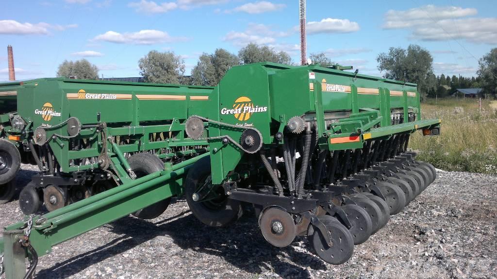 Great Plains SF30 9 meter seed +fert drill