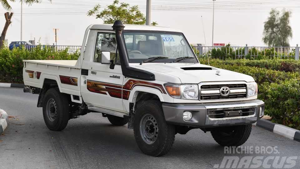 Toyota Land Cruiser Pickup Single Cab 4.5L Diesel (RHD)