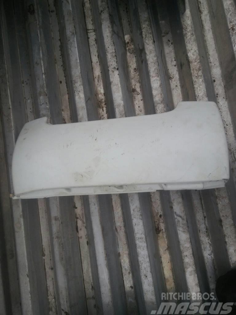 MAN TGA right side air deflector