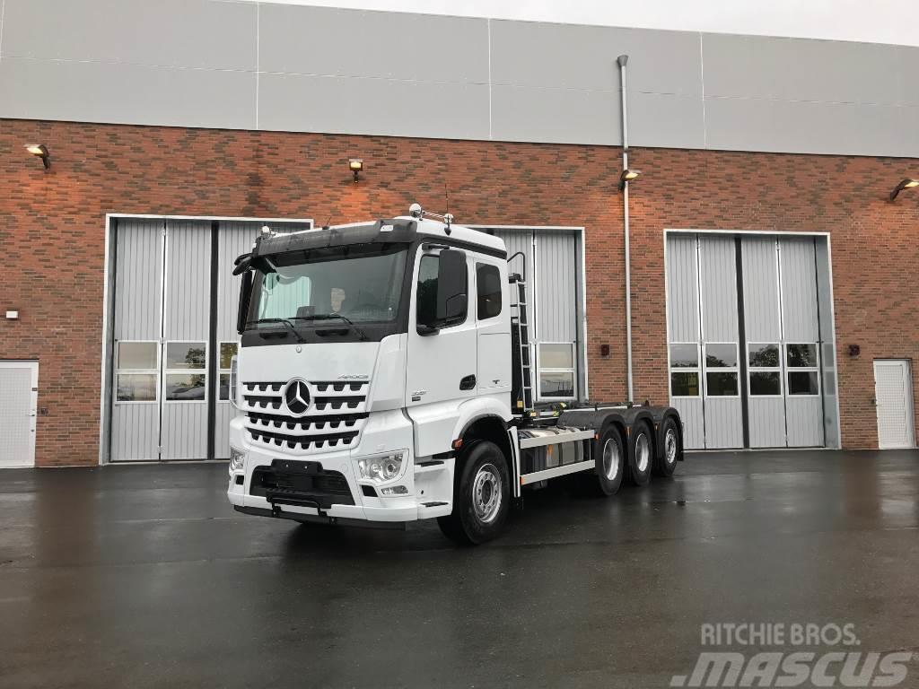 Mercedes-Benz Arocs 3251L 8x4