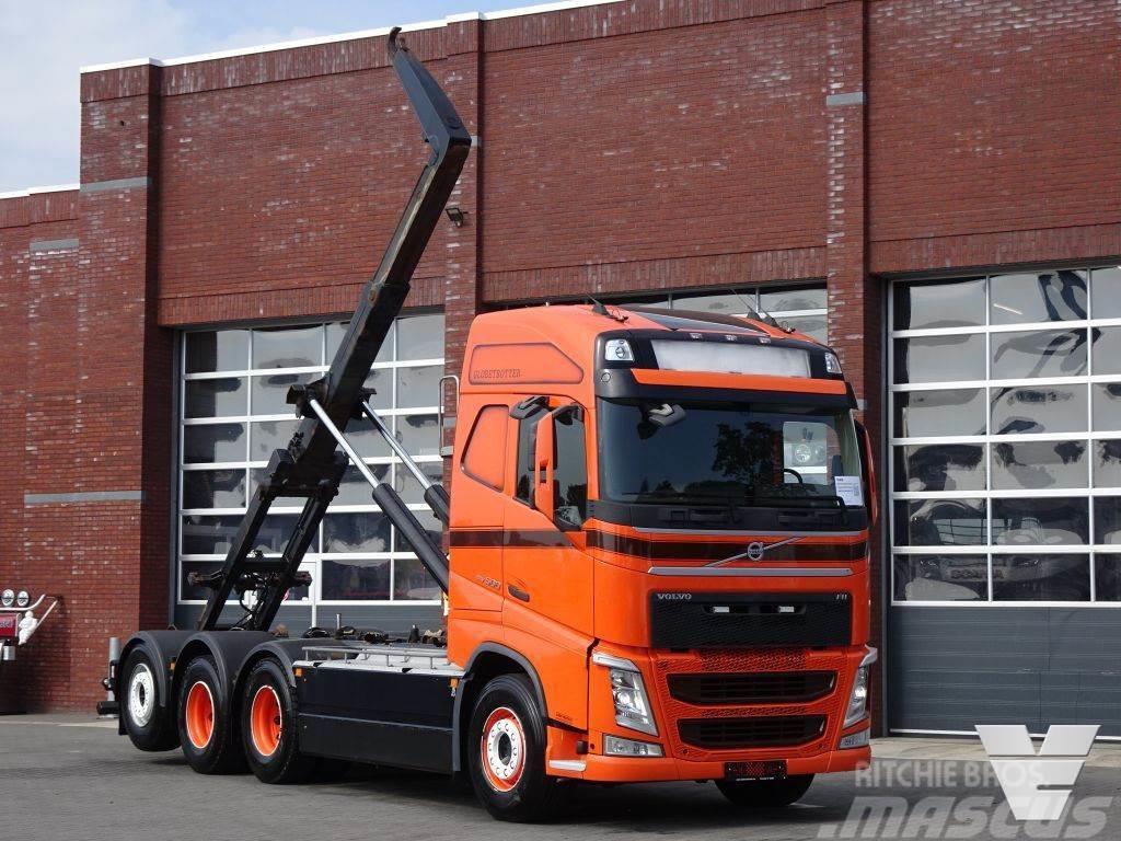 Volvo FH 13.500 Globetrotter 8x4*4 - HMF Hooklift 24T -