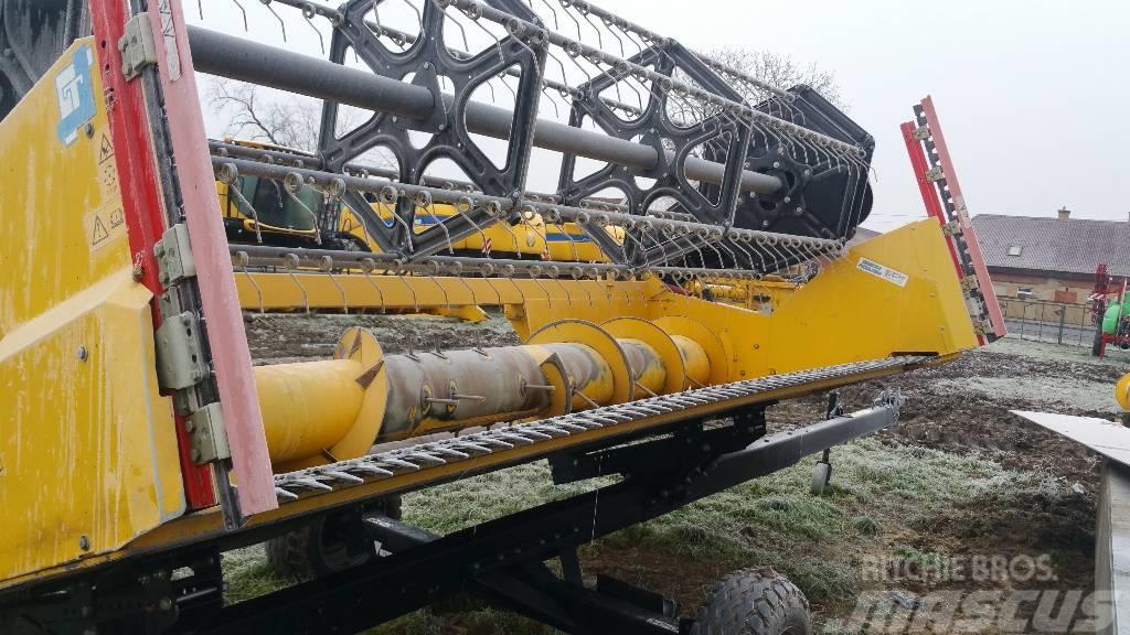 New Holland Heder 4,5M FT-15