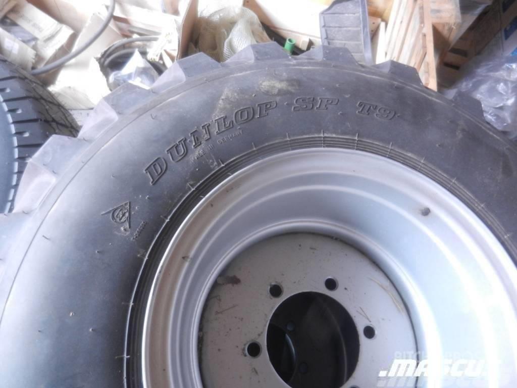 Dunlop Kompletta Hjul 365 / 70 - 18