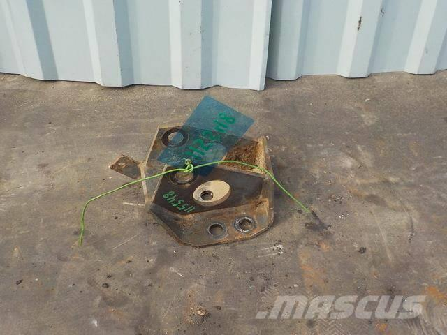 DAF XF 95 Anti-roll bar shackle bracket 1629924 145508