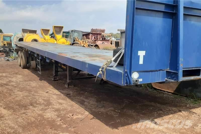 [Other] Paramount Semi Trailer Tri-Axle 15 Mt Extendable