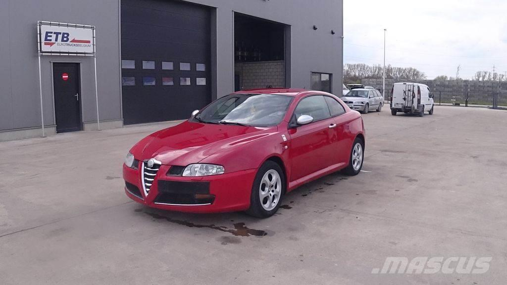 Alfa Romeo GT 1.9 JTD (LEATHER / AIRCONDITIONING)