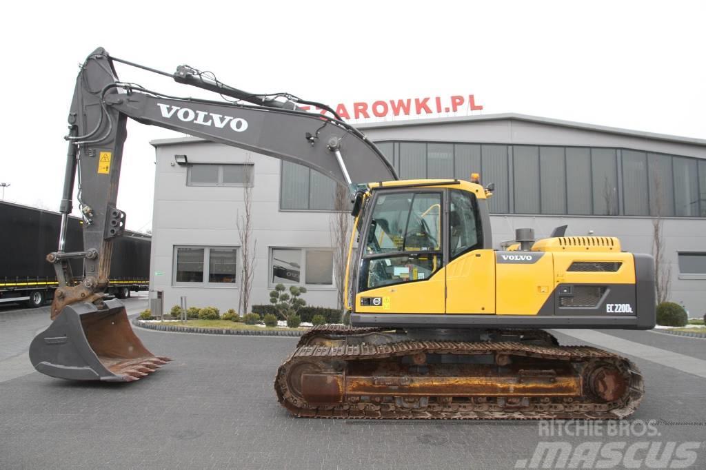 Volvo CRAWLER EXCAVATOR 24 T EC220DL