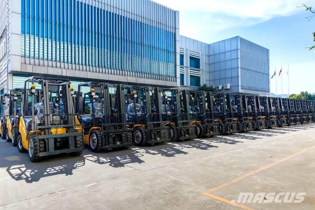 UN Forklift FD70T 7T Diesel Forklift Xichai