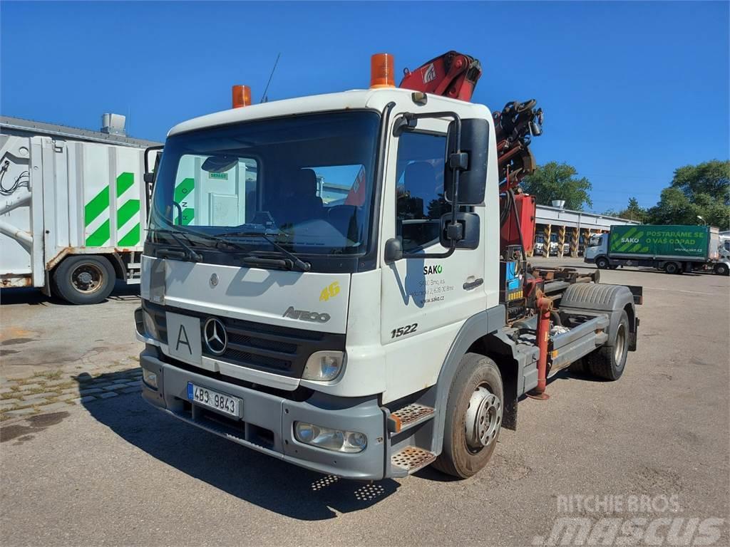 Mercedes-Benz ATEGO 1522 + HR