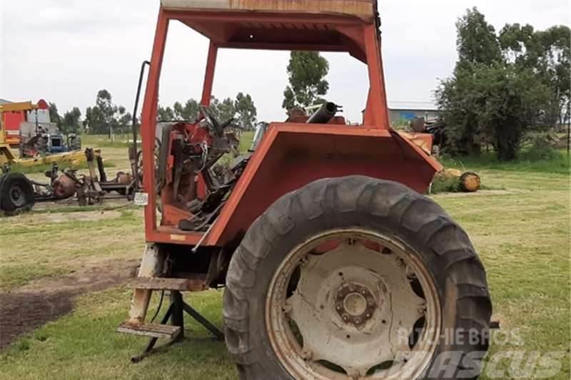 Massey Ferguson 2640 Tractor 4x4 Back end