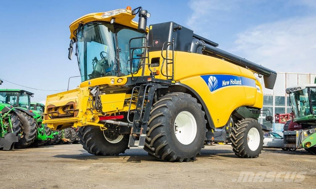 New Holland CX 8080-2013 ROK-VARIO 7,5 M + CAPELLO QUASAR R8