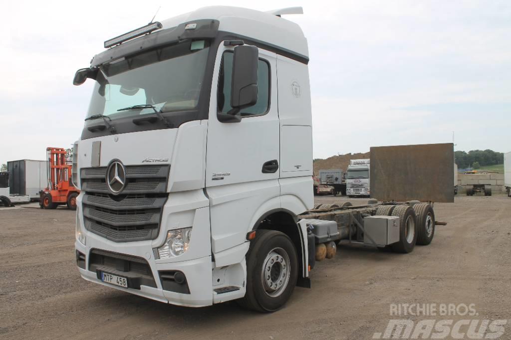 Mercedes-Benz Actros 2545 6x2 Euro 5