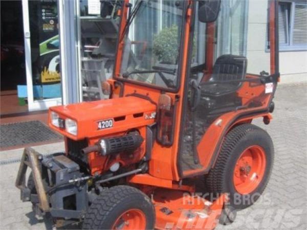 Kubota B 4200 Allrad