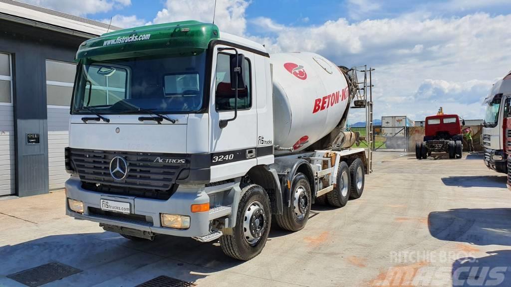 Mercedes-Benz ACTROS 3240 8x4 Stetter mixer