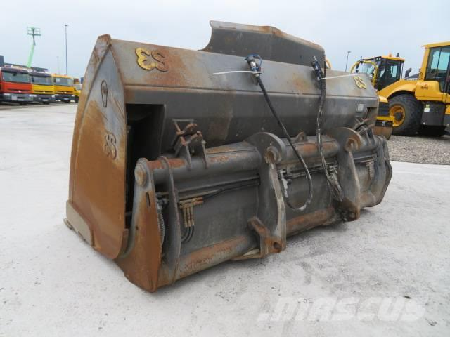Eurosteel HKV 110-2 High Tipp Bucket