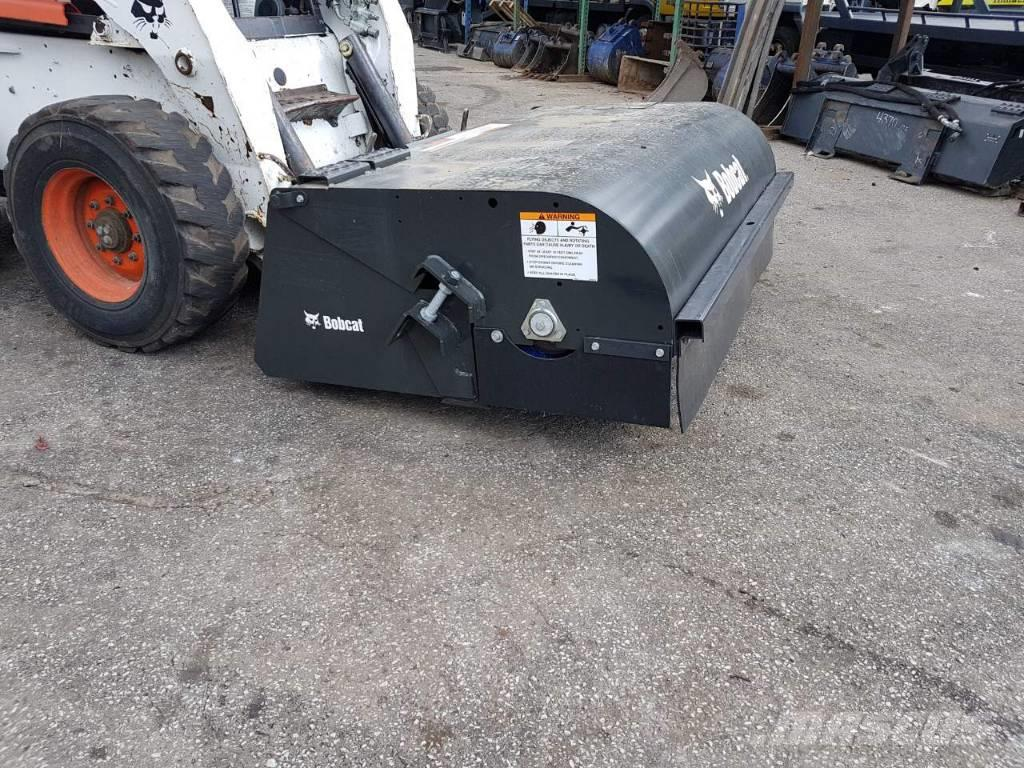 Bobcat Sweeper 60, 72