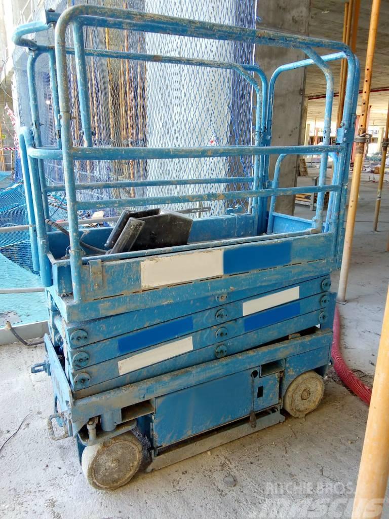 UpRight MX19 8 mts electric boom lift