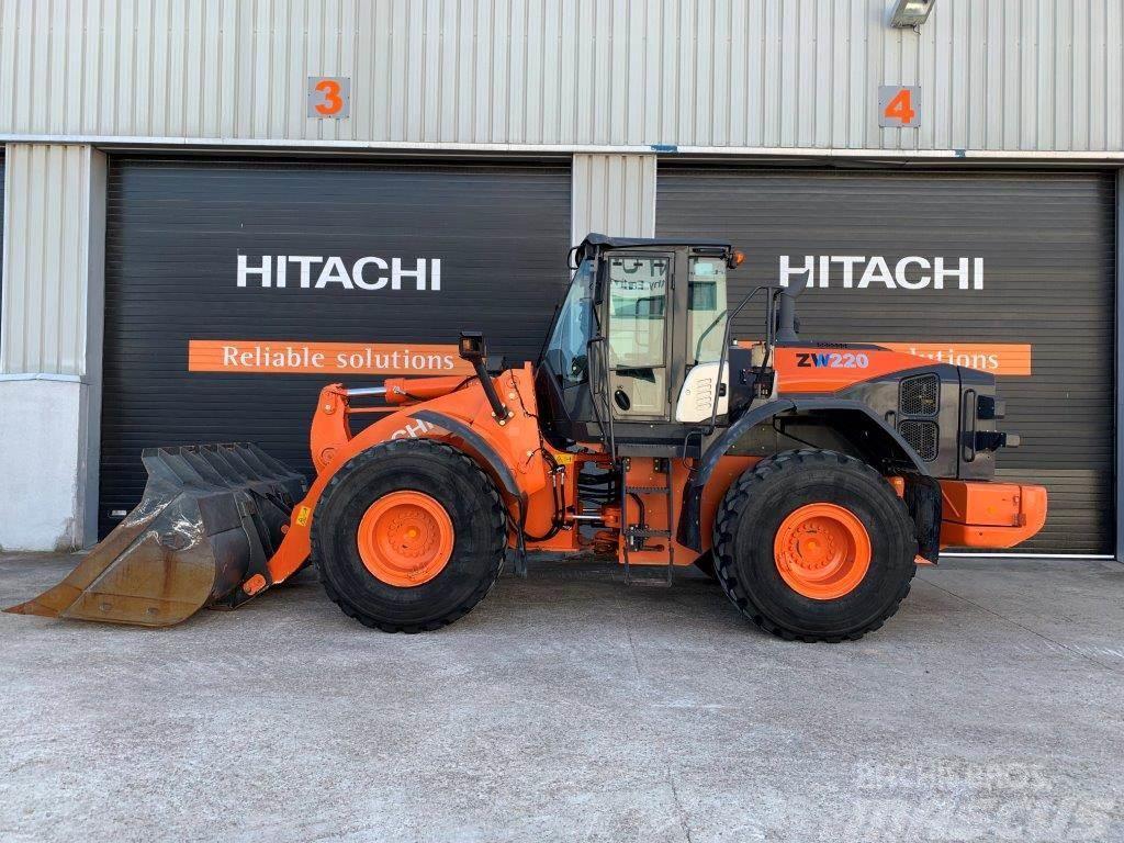Hitachi ZW 220-5 B