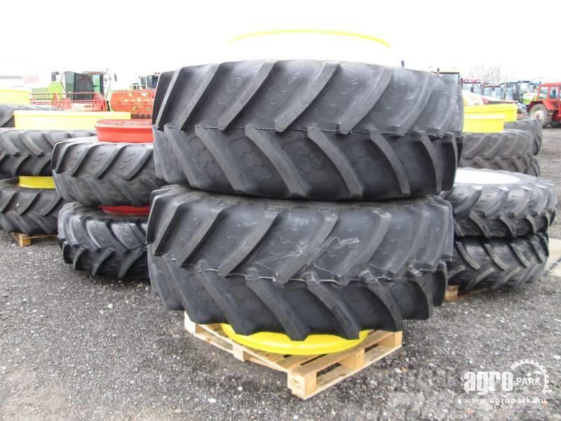 BKT NEW Twin wheel set 710/70R42 BKT, 1 pair
