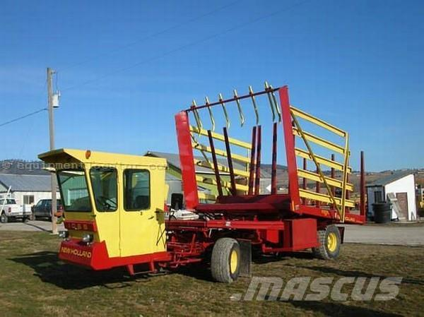 New Holland 1069 Self Propelled Bale Wagon