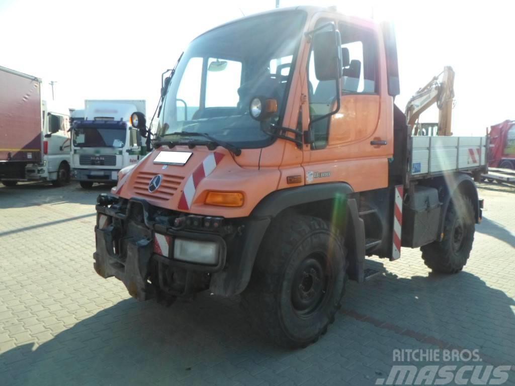 Mercedes-Benz 4x4 UNIMOG 405/10 U300 TIPPER