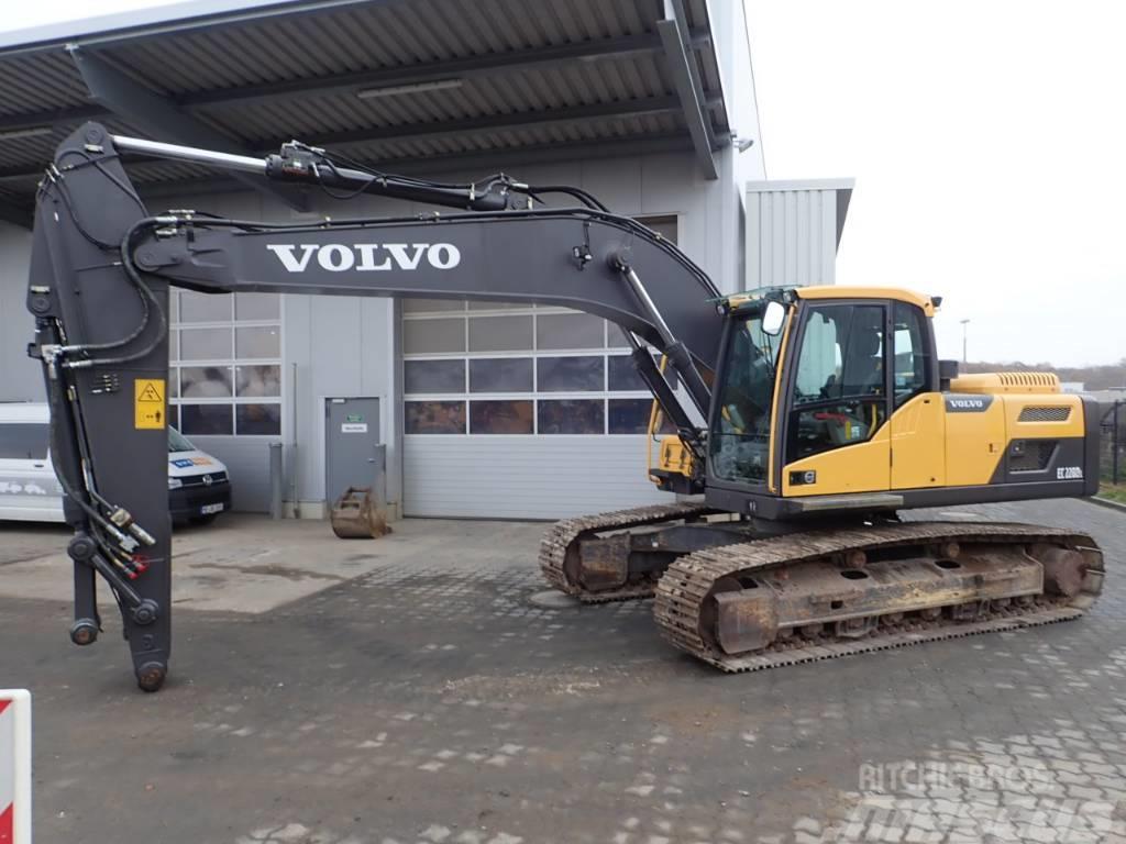 Volvo EC 220DL