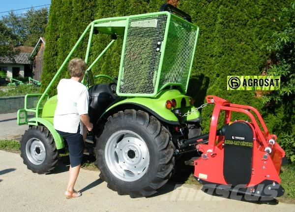 Tuber 50 PS Tractor , Agrosat. Ungarn