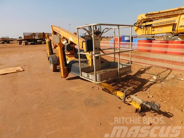 JLG T350 Tow Boom Lift